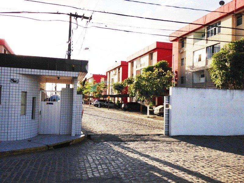 Apartamento em Catolé, Campina Grande (570)